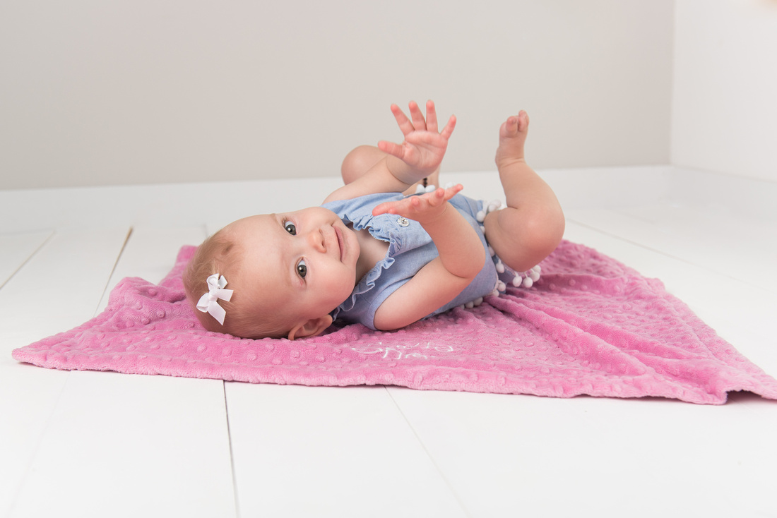 Sitter session, Child photographer Hornchurch, ORmford, Brentwood, Rayleigh, London, Essex